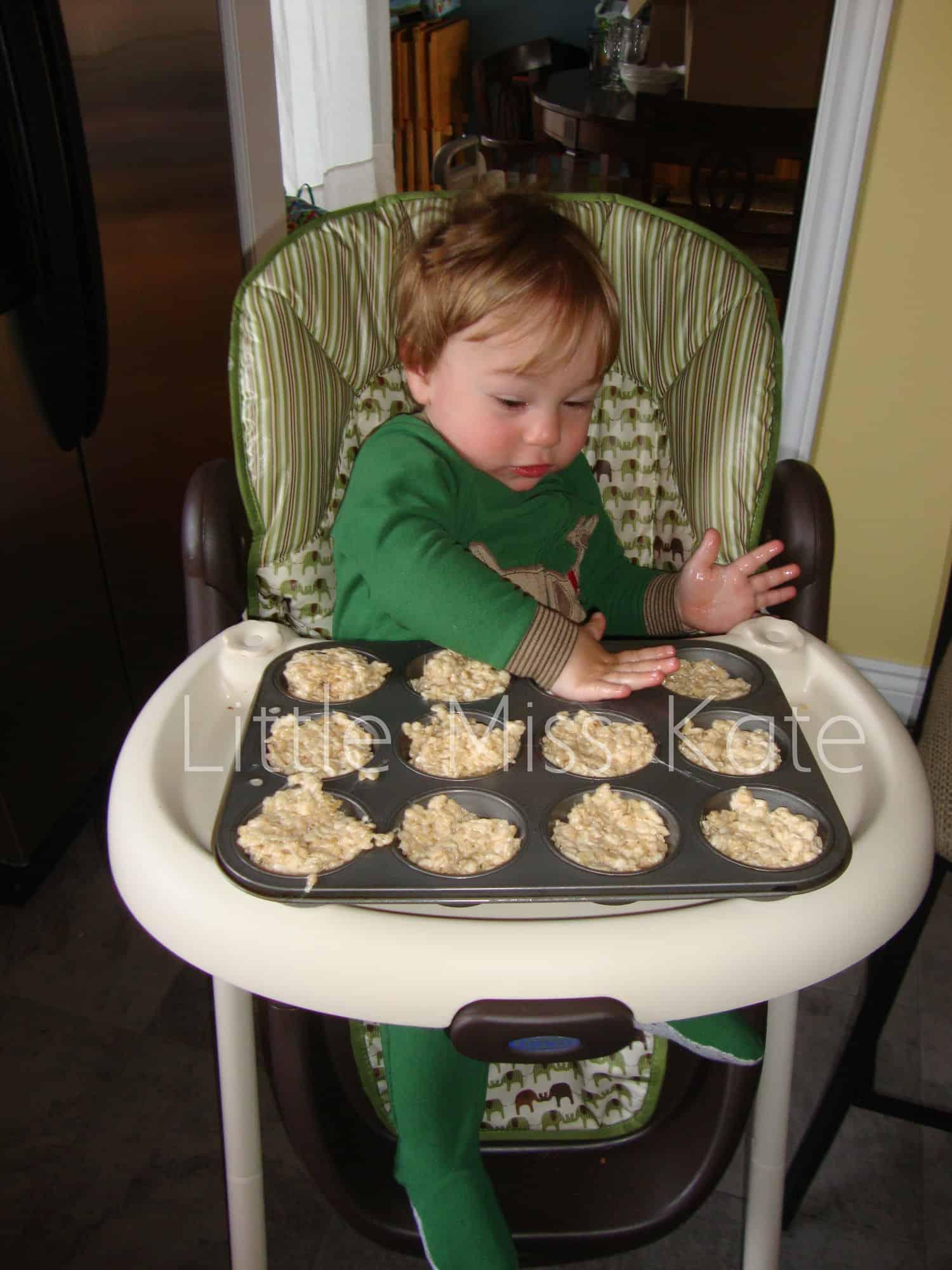 Easy Easter rice krispies nests recipe via littlemisskate.ca