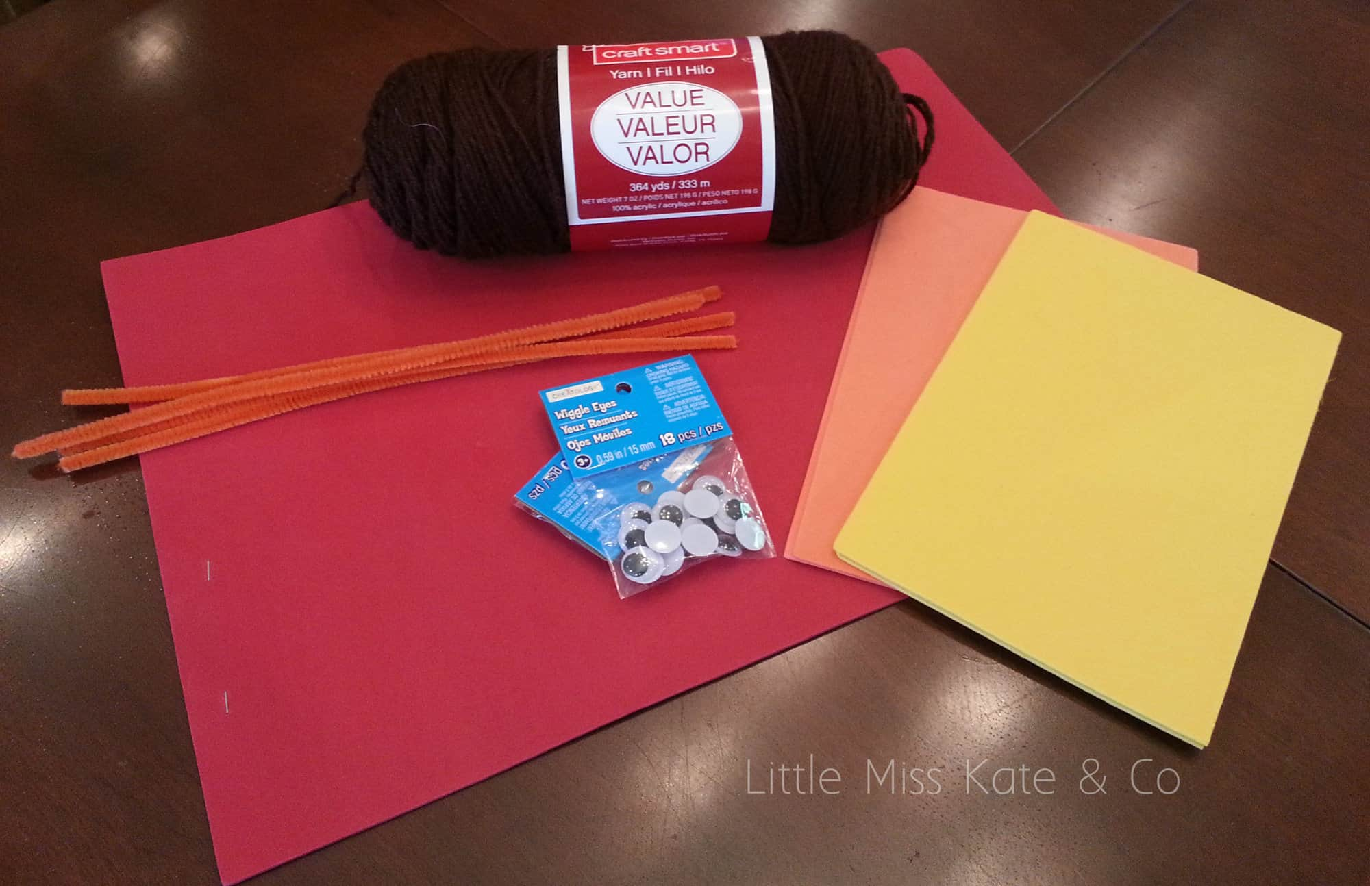 Easy Thanksgiving crafts for first graders