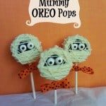 Halloween Treats: Mummy Oreo Pops {Recipe}