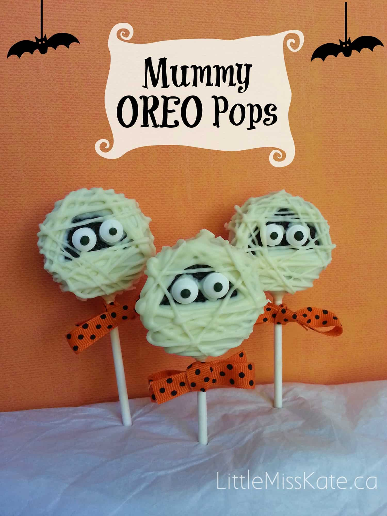 Halloween Treats Mummy Oreo Pops