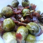 Maple Bacon Roasted Brussels Sprouts {Recipe}