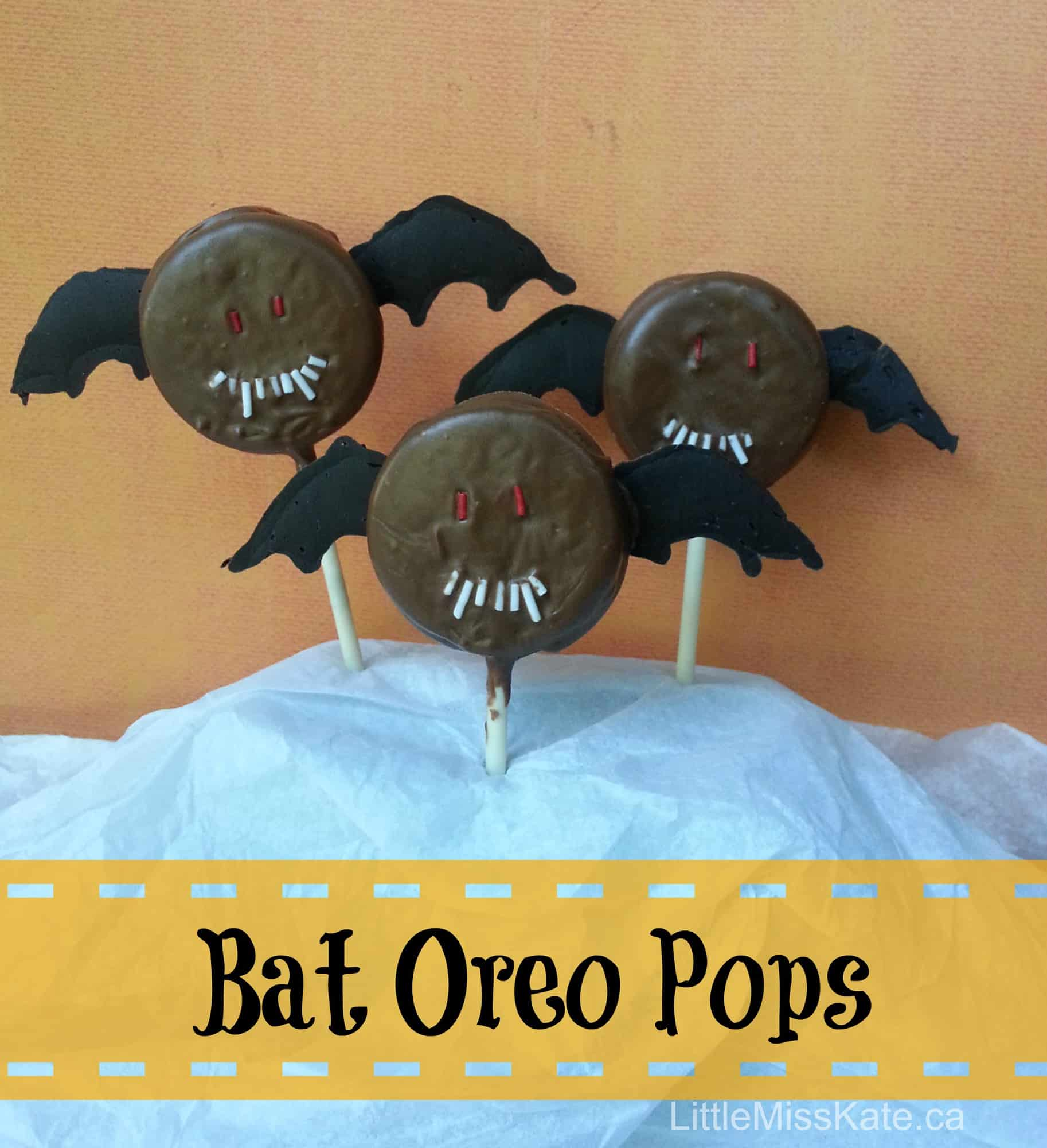 halloween treat idea bat oreo pops
