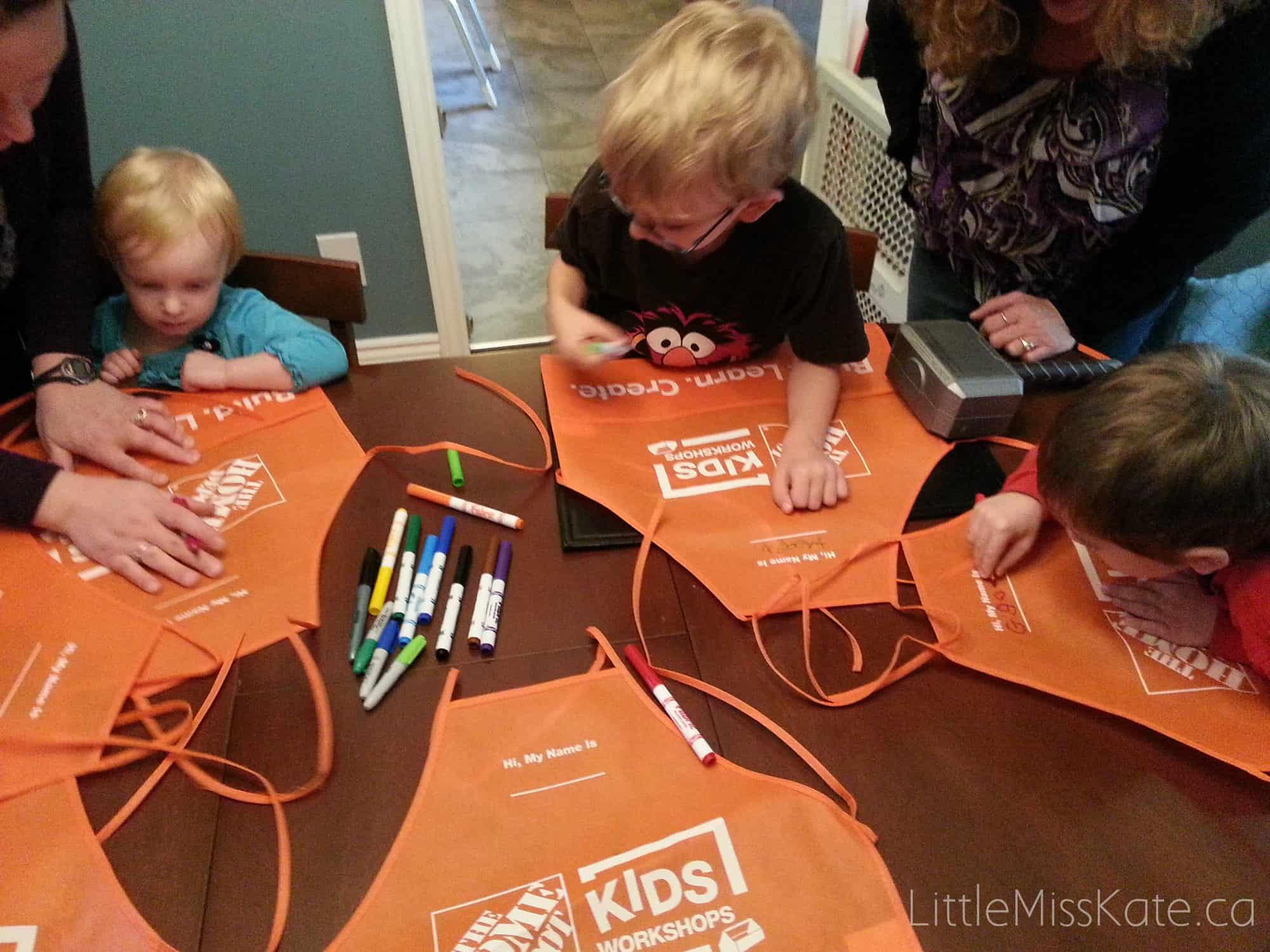 Construction party games activities - decorate construction apron