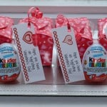 Kinder Egg Valentines and you chance to win #KinderMom