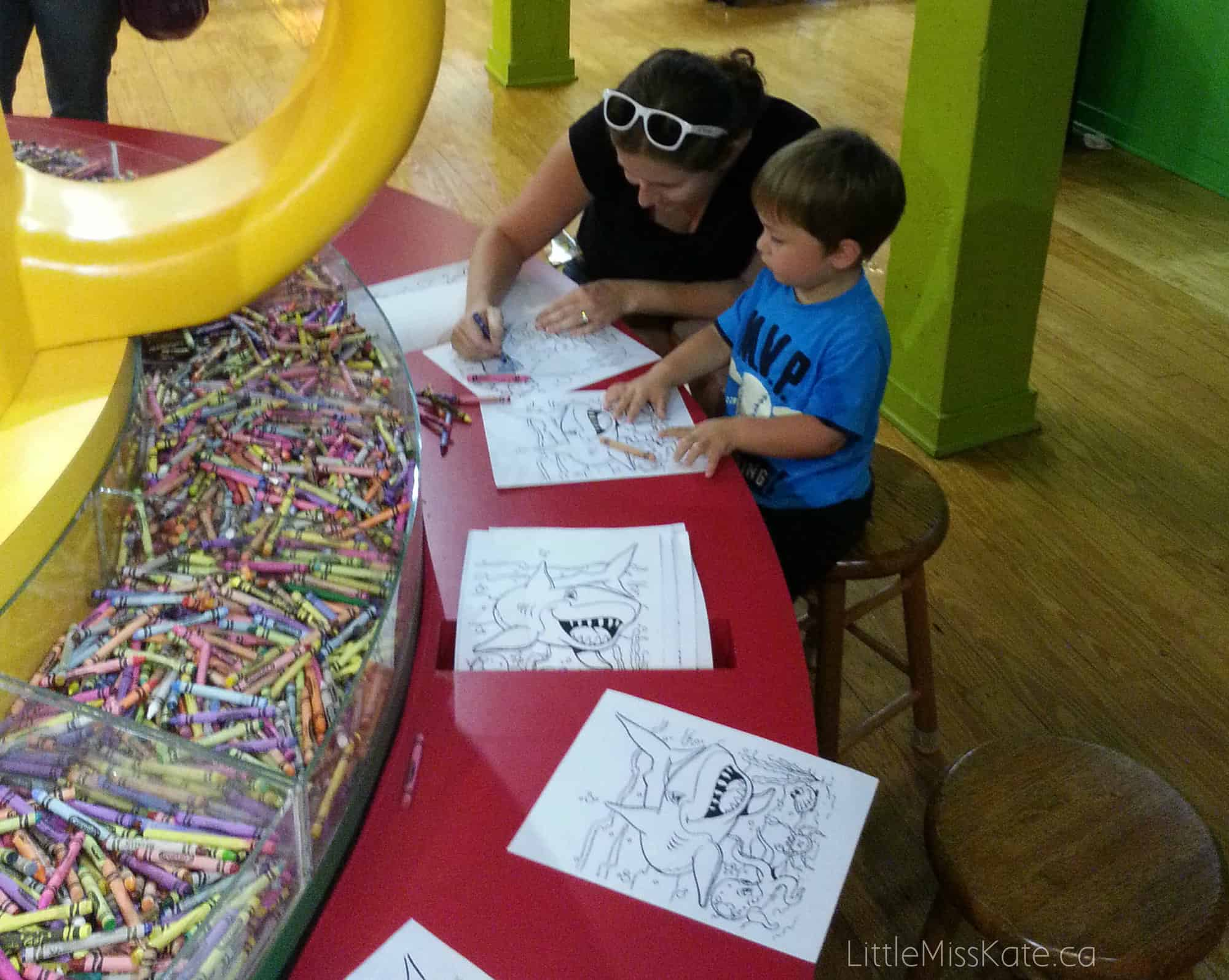 crayola experience coloring