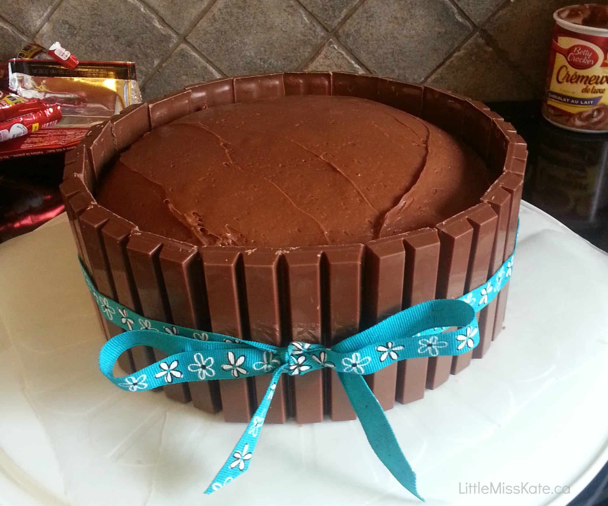 Kit Kat Cake easy birthday cake idea