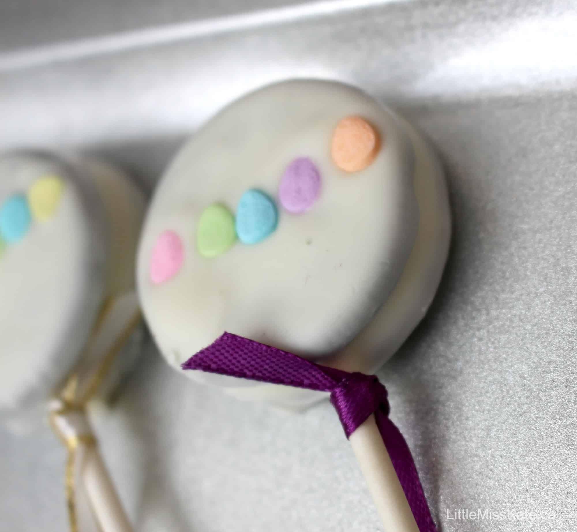 Baby Shower Dessert Ideas - Baby Rattle Oreo Pops via LittleMissKate.ca