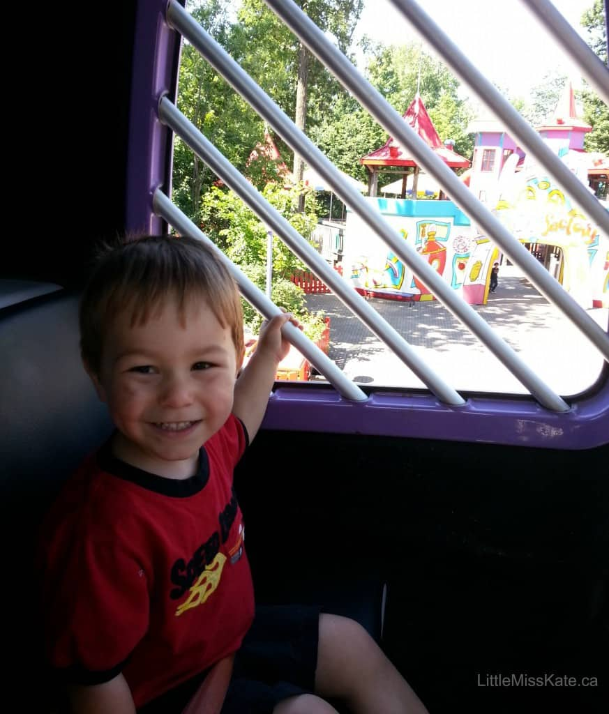 toddler rides canadas wonderland