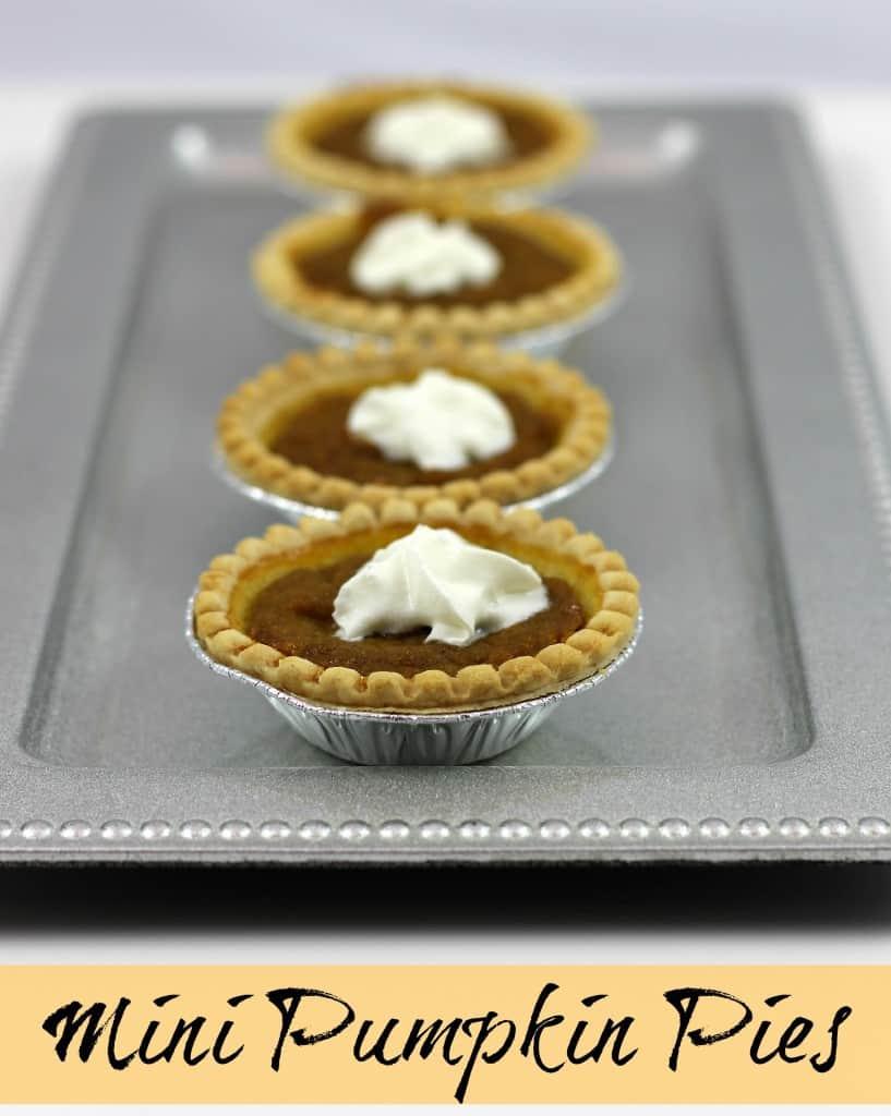 Thanksgiving Dessert Idea: Mini Pumpkin Pie Recipe via LittleMissKate.ca