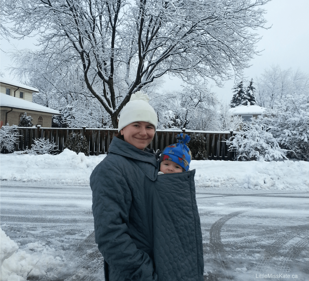 baby-wearing-in-the-winter