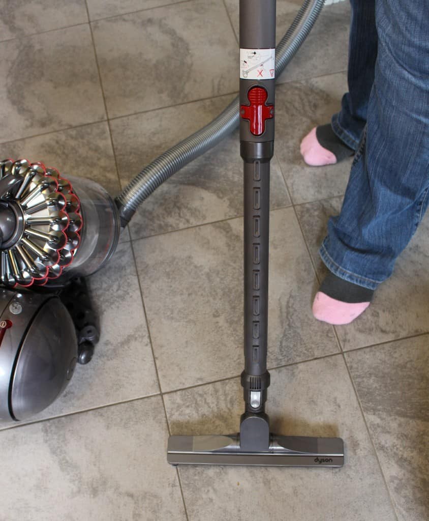 Dyson Cinetic canister vacuum turbinehead Animal Vacuum Review