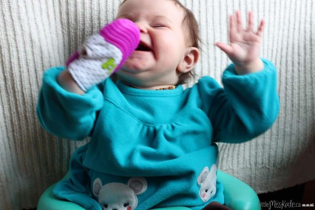Munch mitt baby teether review