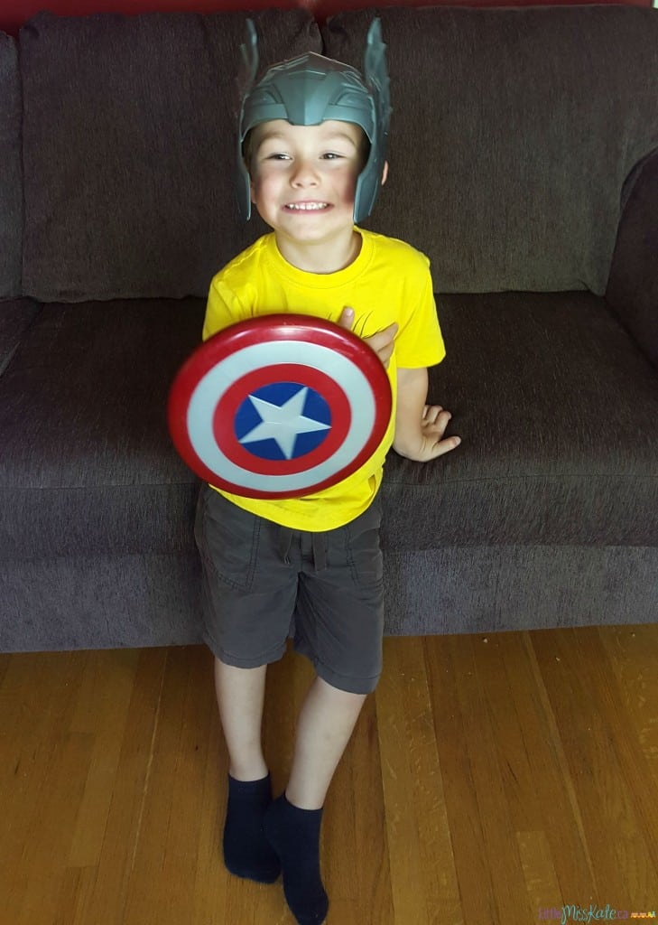 Captain america toy sheild hasbro