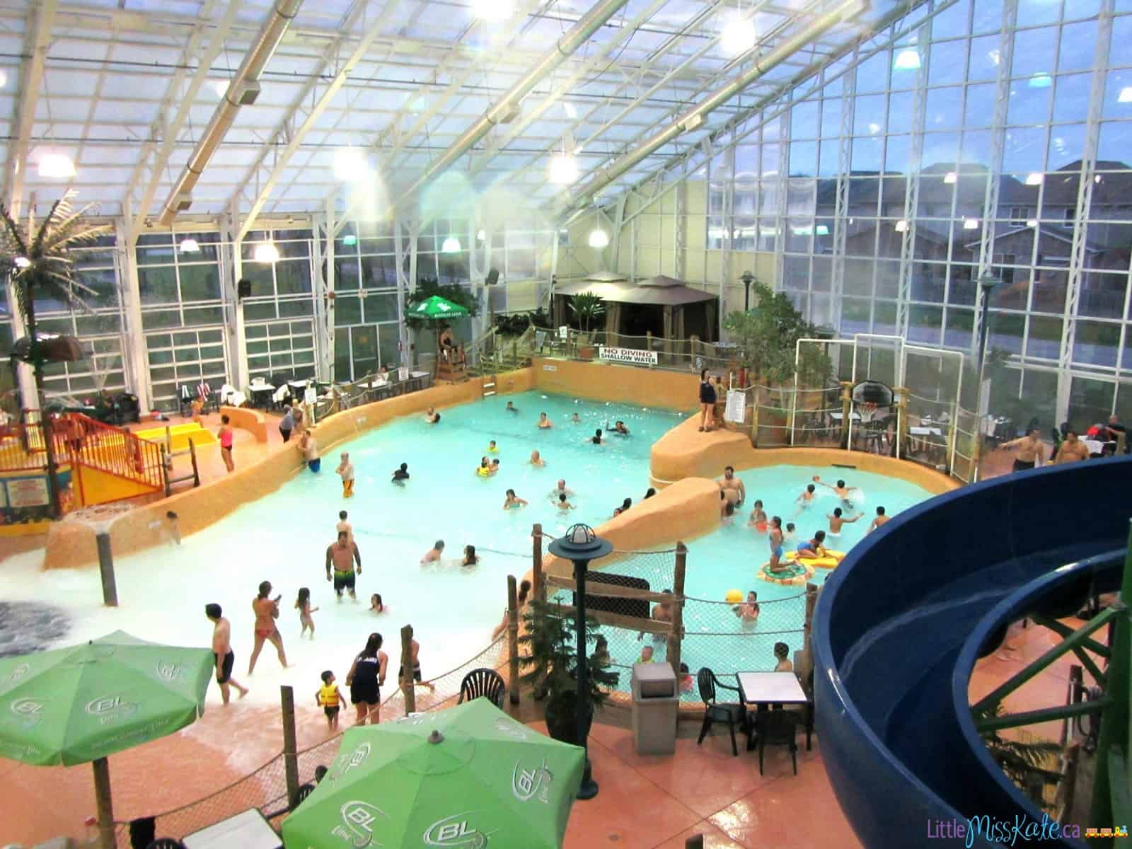 A family fun day trip americana waterpark resort with for Pool spa show niagara falls