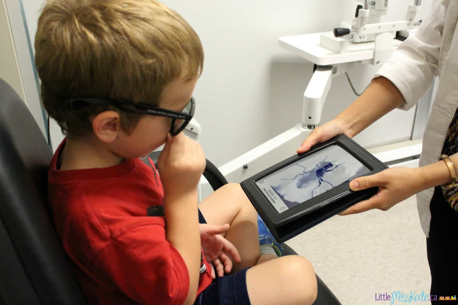eye exam for 4 5 year old kindergarten 3d vision test