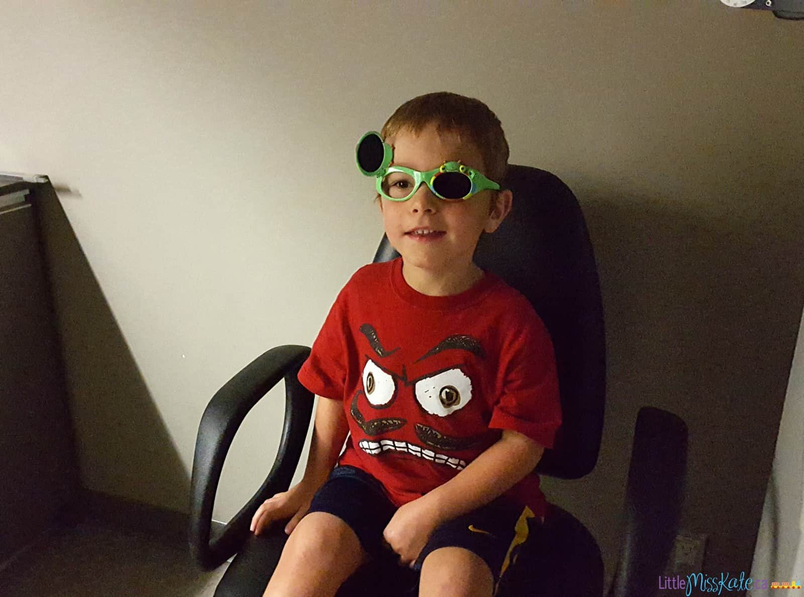 what to expect at eye exam for kindergarten 5 year old