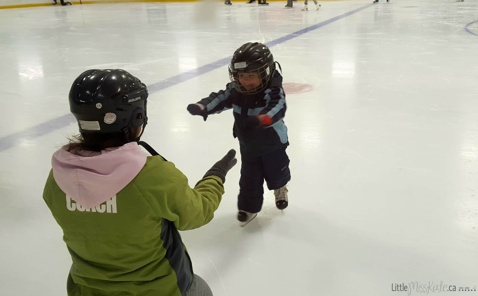 3-year-old-learning-to-skate-1