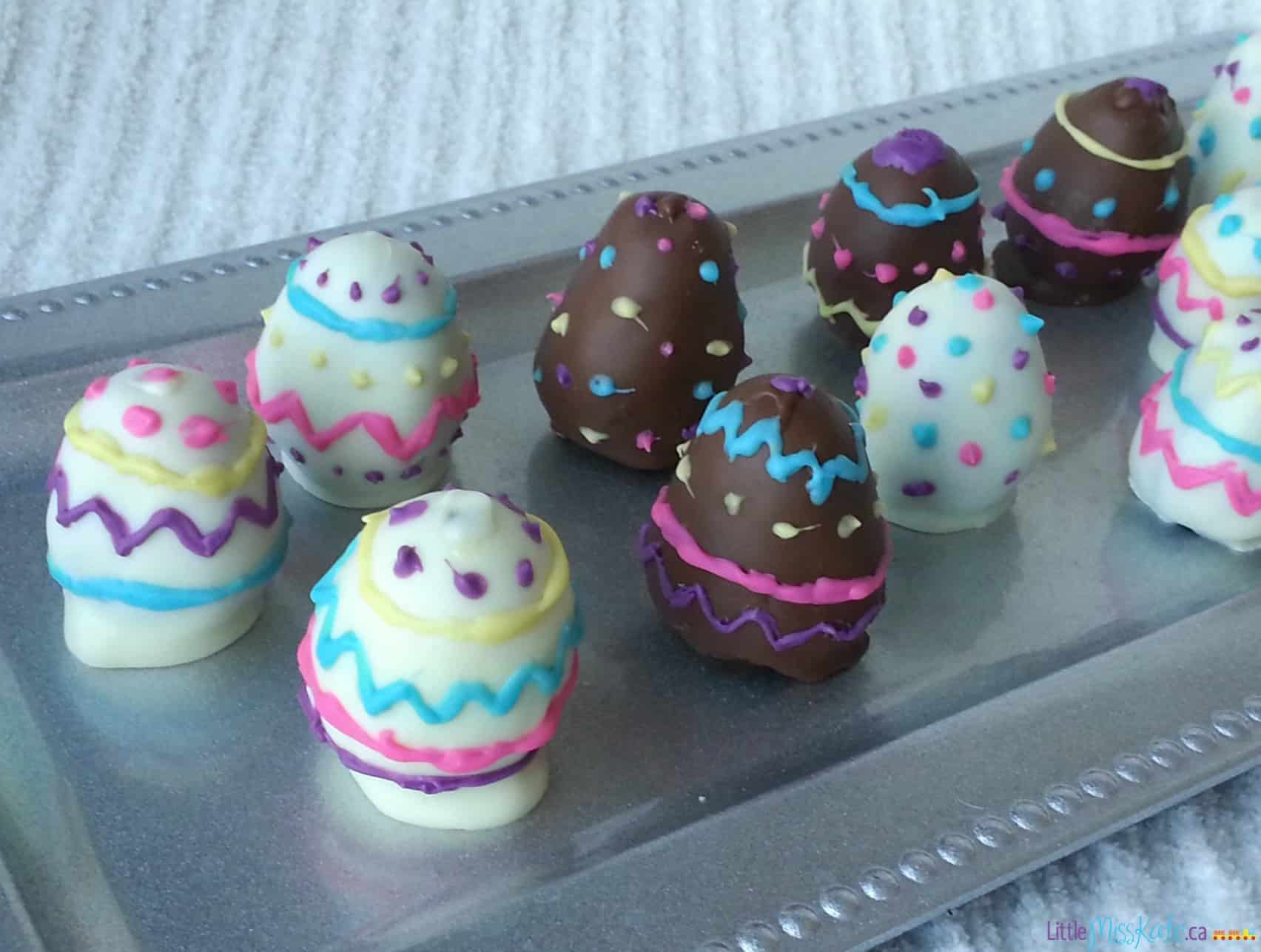 Easter Egg Dessert Idea - Easter Oreo Truffles via LittleMissKate.ca