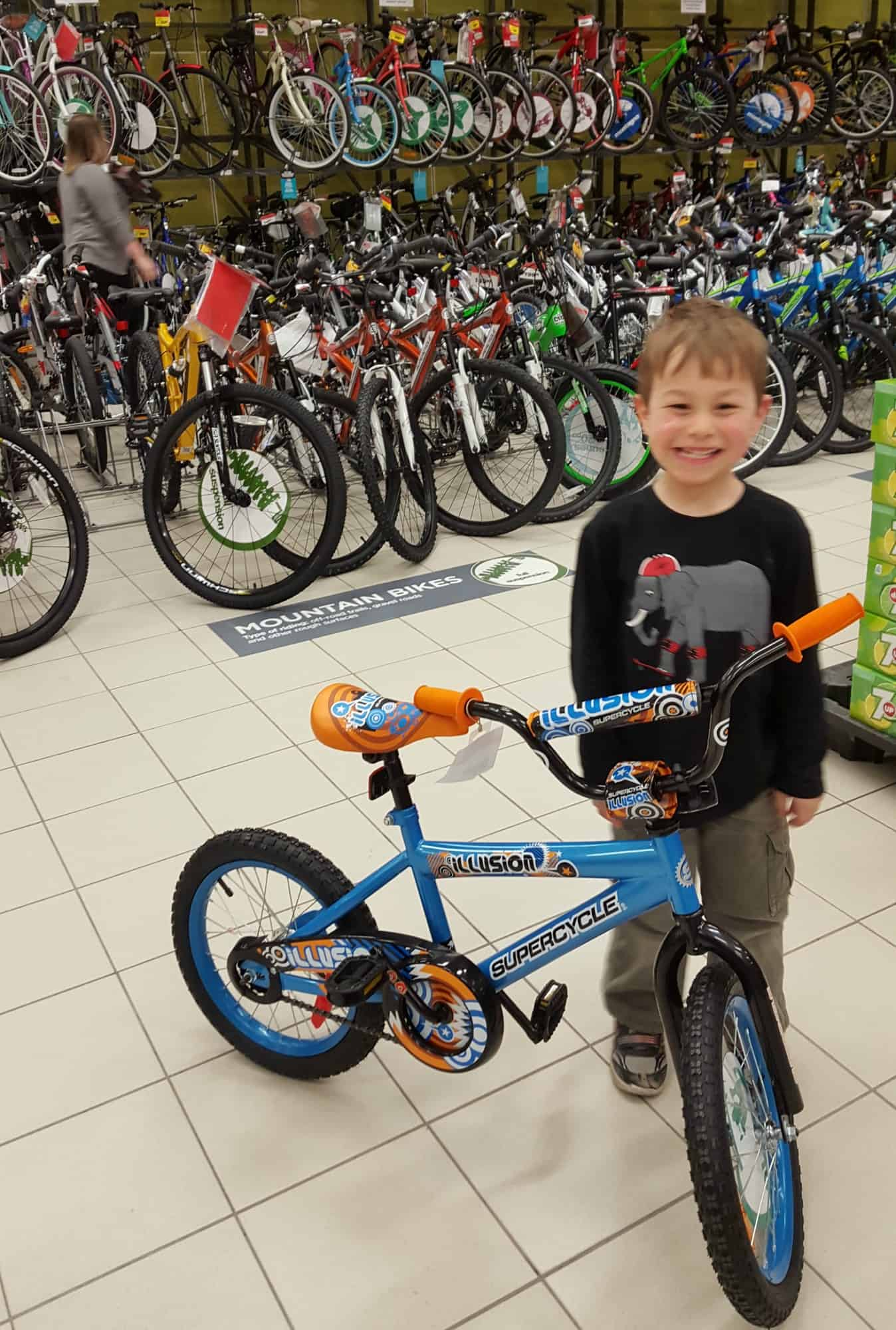 canadian-tire-childrens-boys-bike01