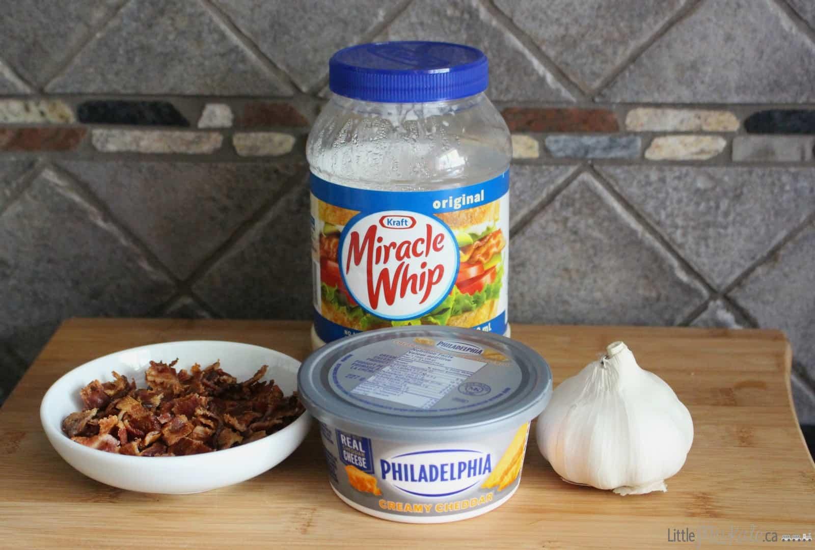 Easy Nocho Dip Recipe - Hot Creamy Cheddar Bacon Dip