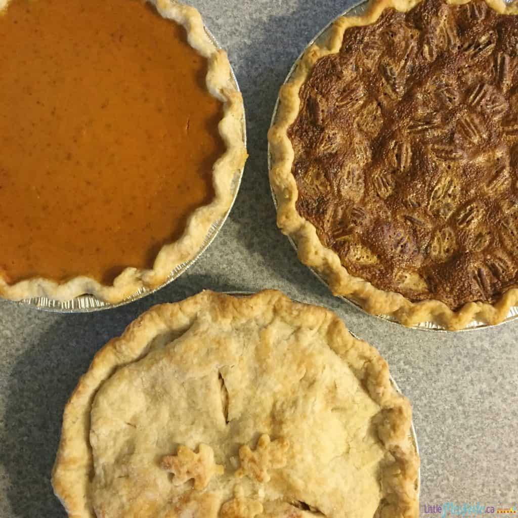 How to make homemade flaky pie crust recipe via littlemisskate.ca