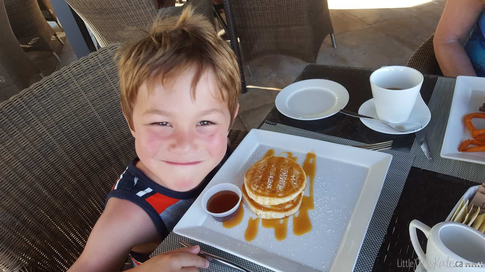 Beaches Resort Villages Turks and Caicos Restaurants - Neptunes via littlemisskate.ca