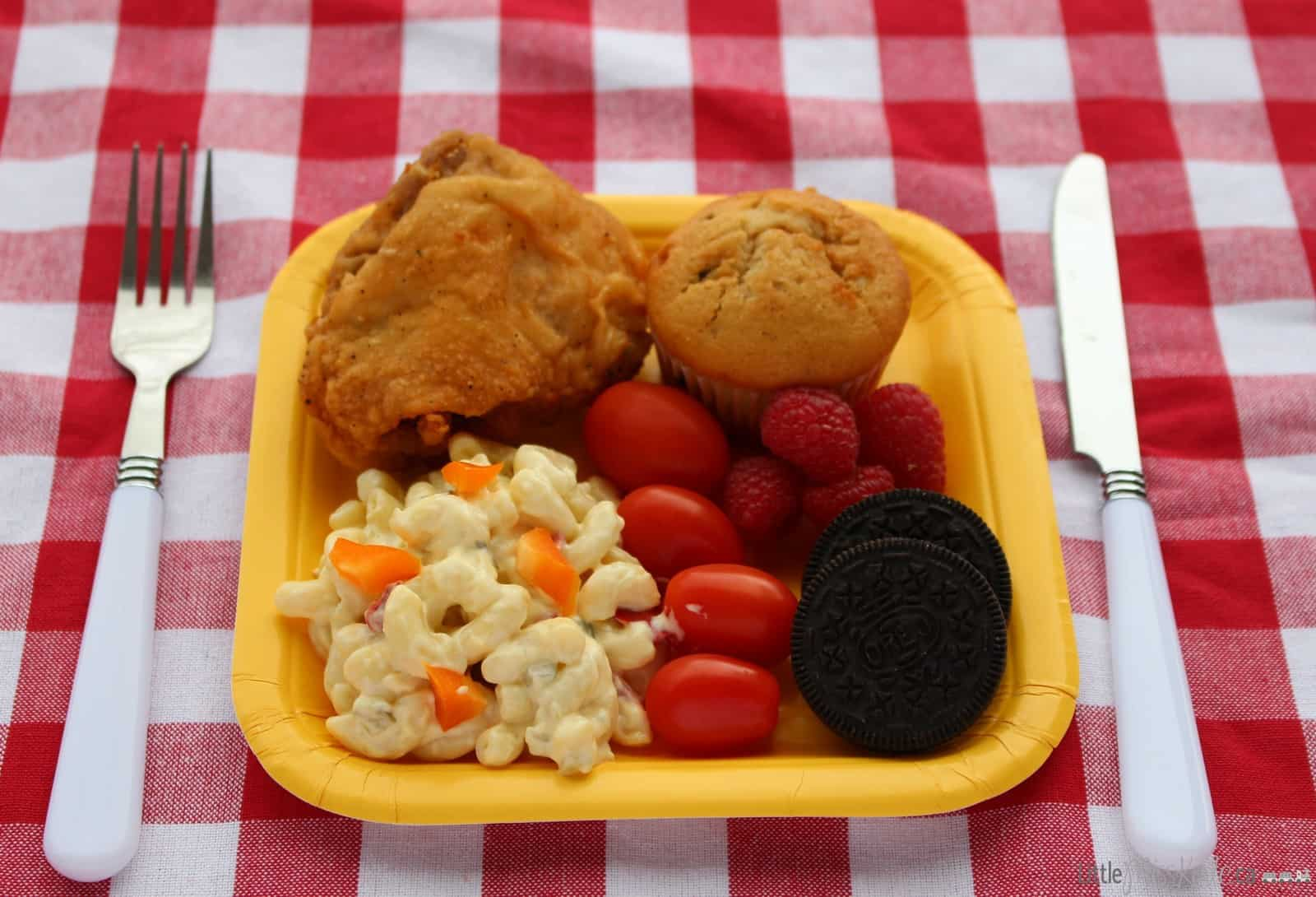 Easy Store-bought 5 Minute Picnic Meal Ideas via littlemisskate.ca