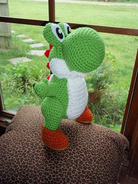 free crochet pattern for boys Yoshi