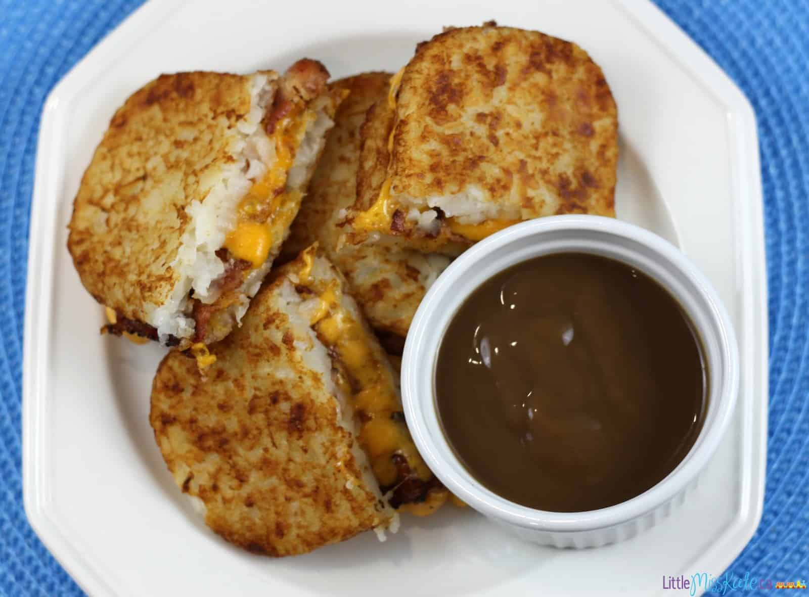 Ultimate Grilled Cheese Recipes - Poutine Grilled Cheese via www.littlemisskate.ca