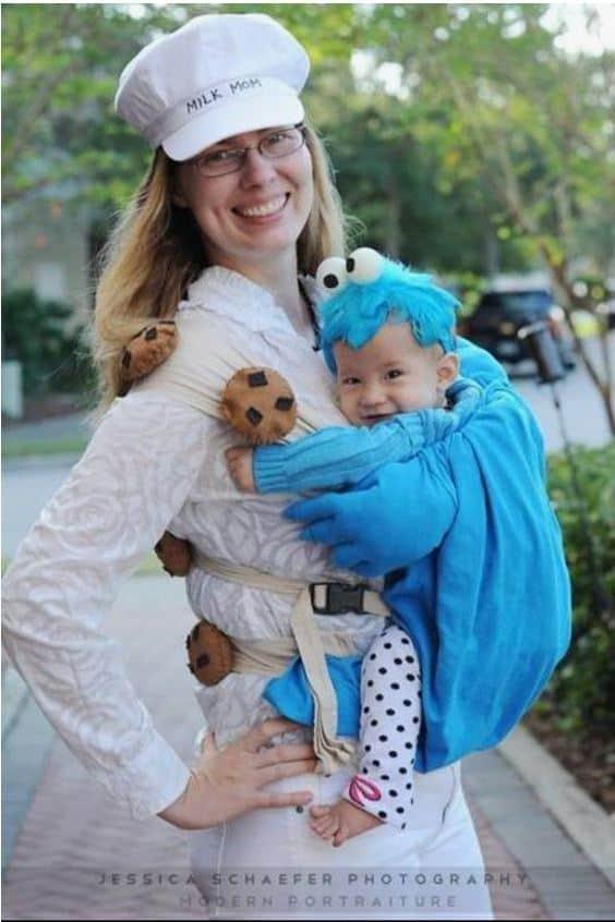 Milk And Cookies babywearing costume ideas via littlemisskate.ca