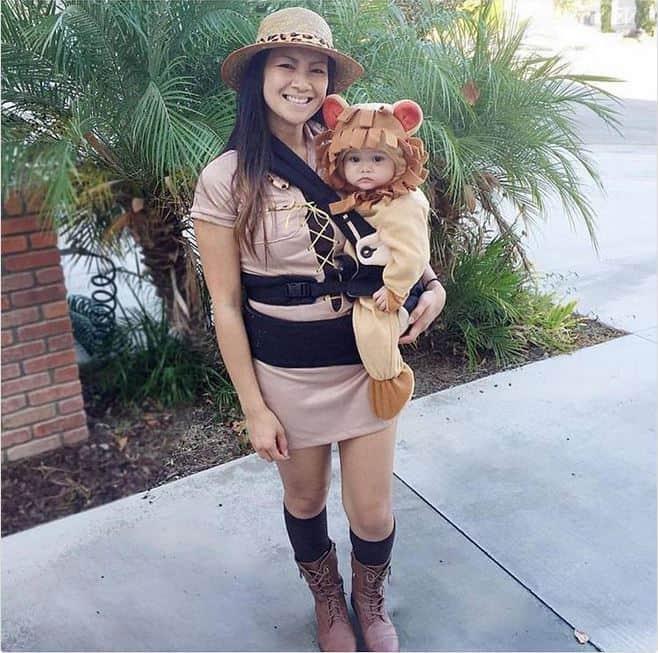 Lion Safari babywearing costume ideas via littlemisskate.ca
