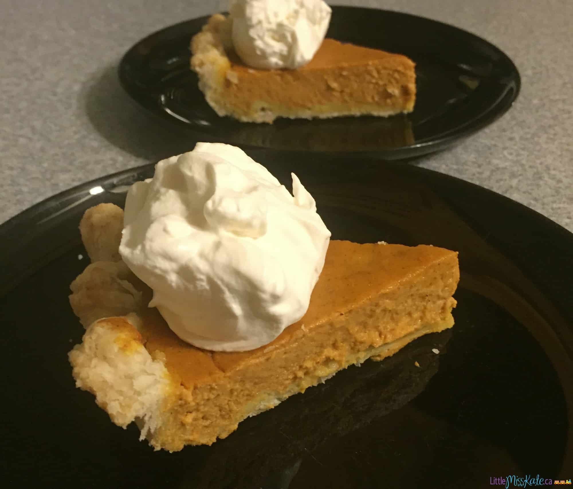 The Best Ever Homemade Pumpkin Pie Recipe via LittleMissKate.ca