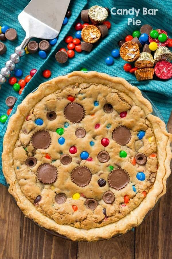 Leftover Halloween Candy Recipes Cady bar Pie via LittleMissKate.ca