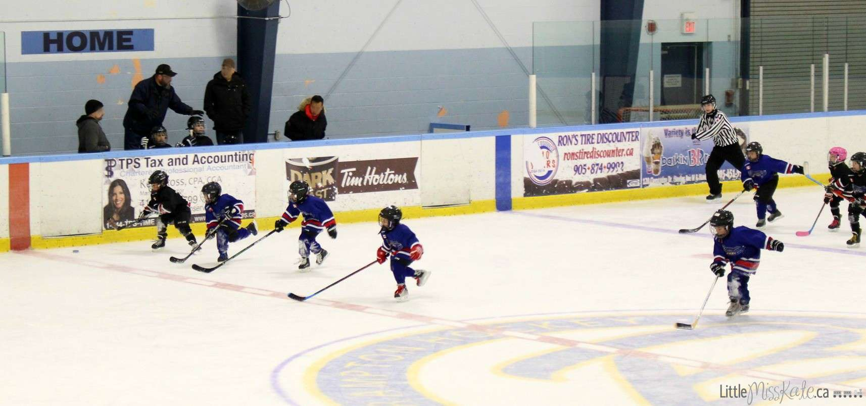 Benefits of hockey Sports - build confidence