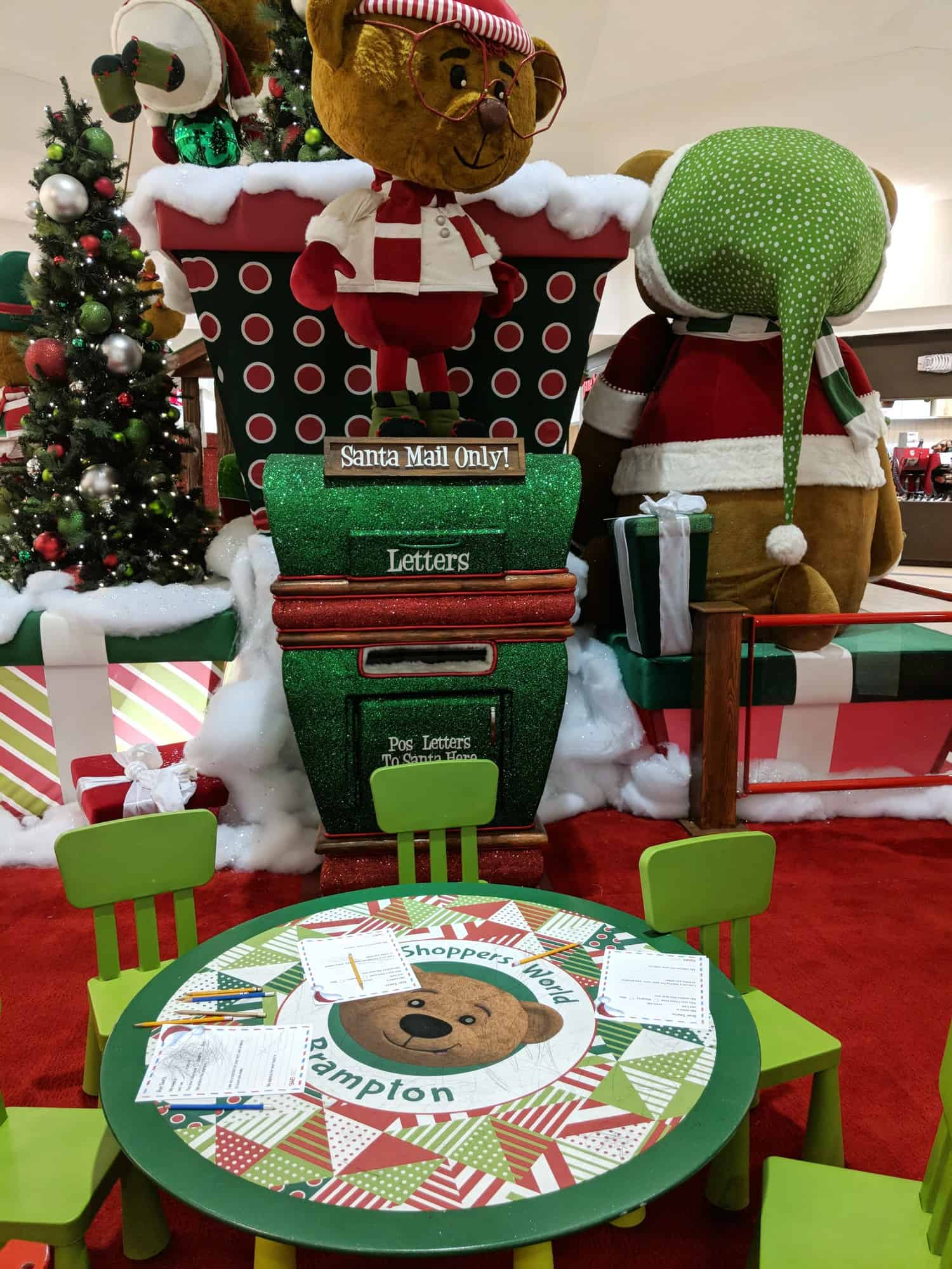 Shoppers world brampton santa pictures and letters to Santa