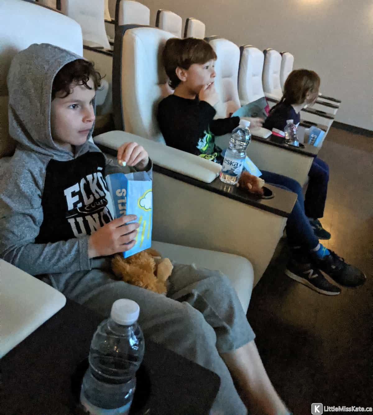 hotel x toronto movies review