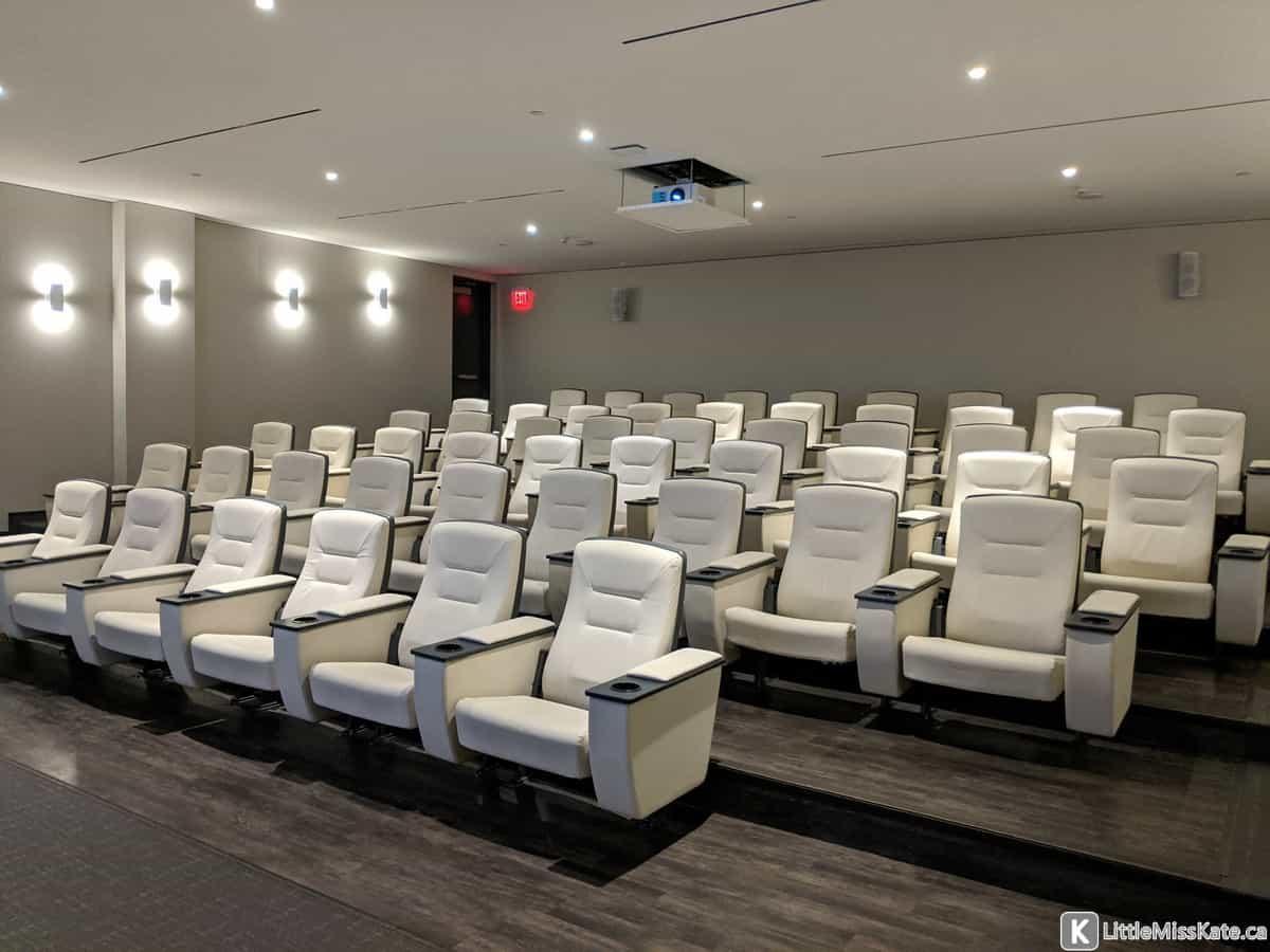 hotel x toronto theatre review